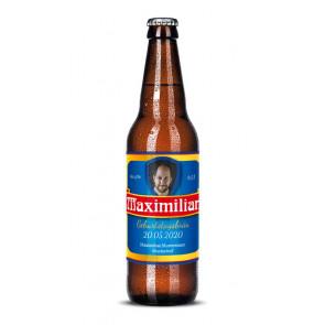 "Bieretiketten ""Maximilian"" auf Bierflasche"