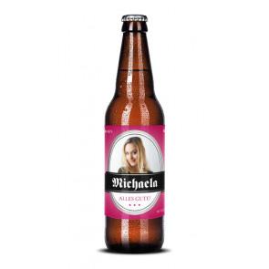 """Bieretiketten """"Michaela"""" auf Bierflasche"""
